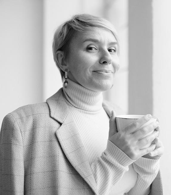 Светлана Токарева.Ментор курса Персональный стилист, журналист. Преподаватель курса «Имидж и стиль» в Первой Академии Медиа, автор курса «Имидж перемен».