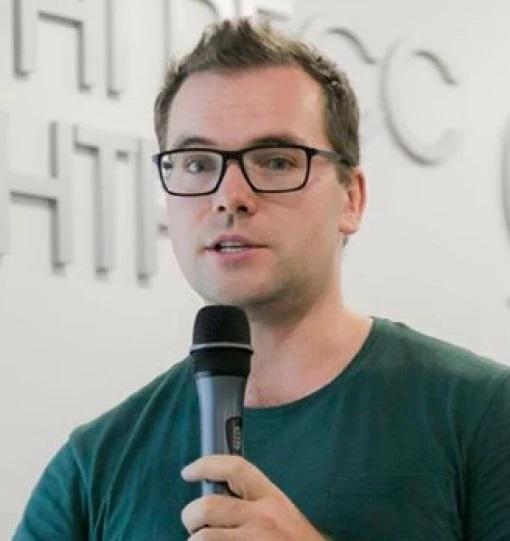 Николай Смирнов.Директор по развитию Active Traffic и программный директор Skillbox.