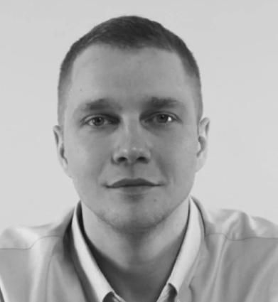 Сергей Корниенко.Frontend team-lead инвестиционного маркетплейса Московской биржи. Frontend-разработчик, занимается программированием более 10 лет. Многократный лауреат премий «Тэглайн» и «Золотой сайт».