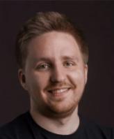 ЕвгенийПаршин Основатель и CEO ProductHub.ru, CPO в Альфа-Банке.Работает с собственными стартапами более 3 лет.
