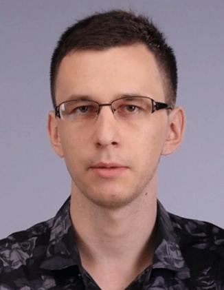 Роман Булгаков.Преподаватель информатики и программирования, специализирующийся на Python, с 5-летним опытом работы.