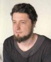 ЮханнНикадимус.Управляющий «Проектных мастерских», реконструктор старинных головных уборов.