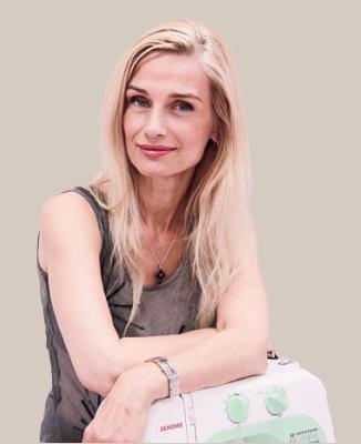 Арина Смирнова.Преподаватель школы шитья «Хочу Шить», конструктор, модельер, художник.