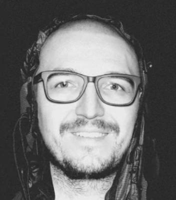 Дмитрий Черненко Бывший дизайнер компании Beta Digital Production. 10-летний опыт работы в области анимации и видеодизайна и более 40 реализованных проектов.